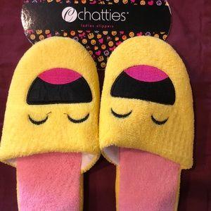 EMOJI slippers ! NWT medium 7/8 GREAT GIFT…